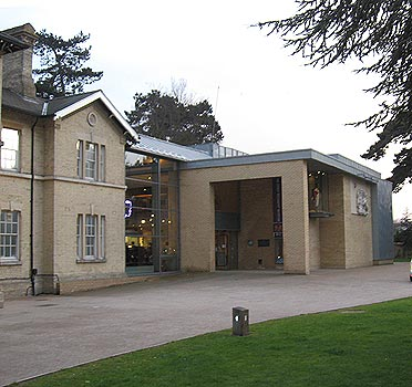 CARS new Venue-Oaklands Museum